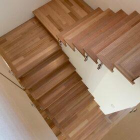 Tas Oak Stairs